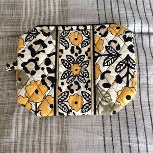 Vera Bradley Medium Cosmetic Bag NWOT